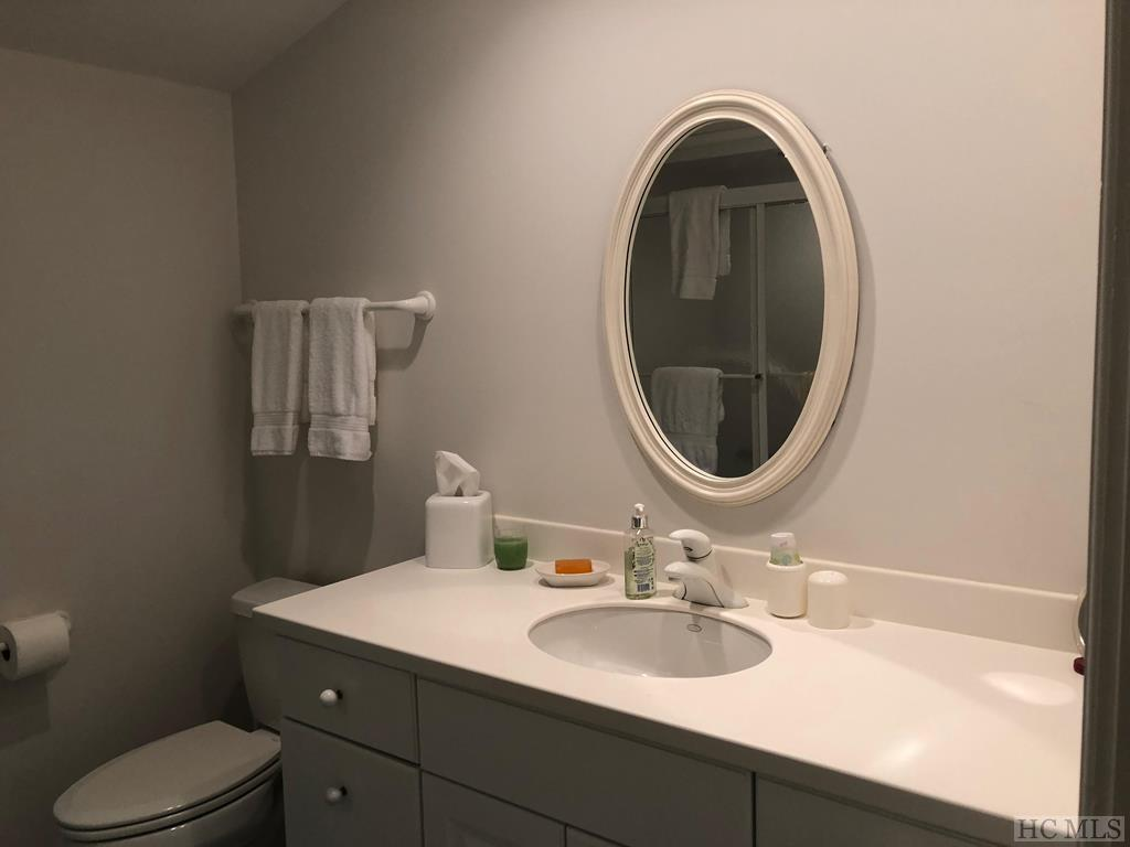 Guest Quarters Bathroom